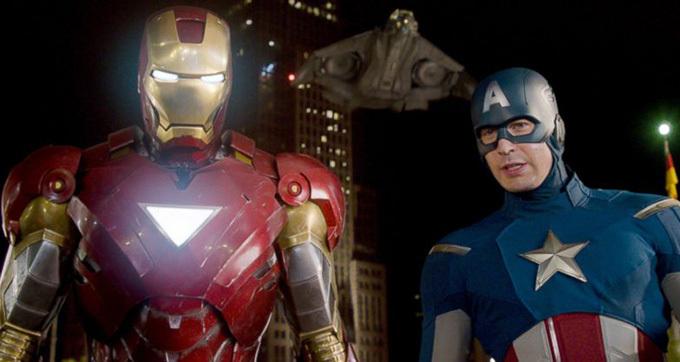 IronMan và Captain America được tưởng nhớ trong phim Người Nhện xa nhà.