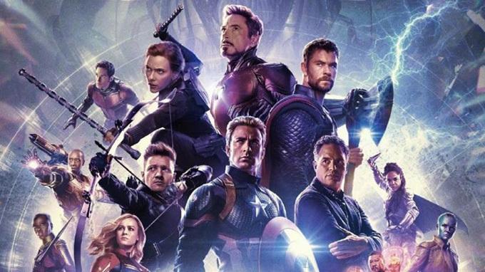 Dàn Avengers được nhắc tới đầy trân trọng trong phim.