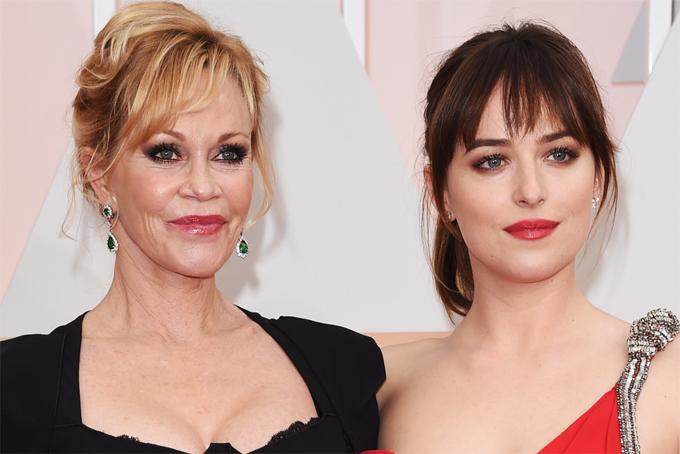 Minh tinh bên cô con gái duy nhất Dakota Johnson.