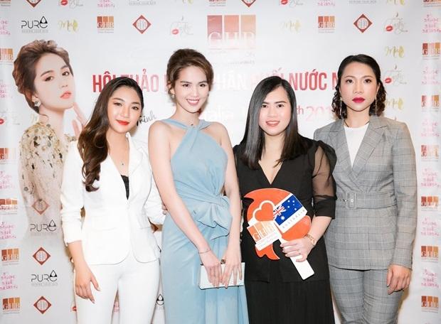 Ngọc Trinh cùng các kênh phân phối tại Australia gồm Miss GHB Nhung Mai, Vũ Ý Nhi, Ngọc Diệu