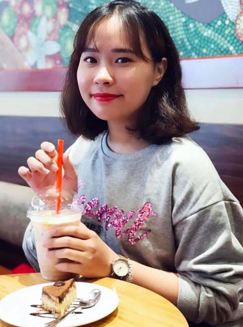 Nguyễn Minh Phượng sinh năm 1994, đến từ Tuyên Quangđang làm nhân viên sales. Mới đây, cô gái 9X gây bão mạng vì đã cải tạo, trang trí lạiphòng trọ cũ của mìnhnằm gầntrường Đại học Công đoàn (Hà Nội).