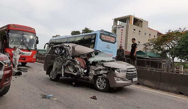 Tai nạn do các phương tiện không làm chủ tốc độ.