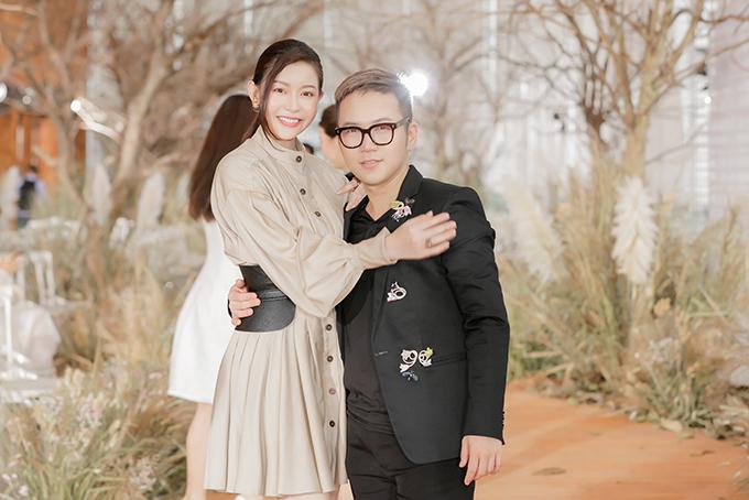 Hoa hậu Hải Dương và nhà thiết kế Chung Thanh Phong.