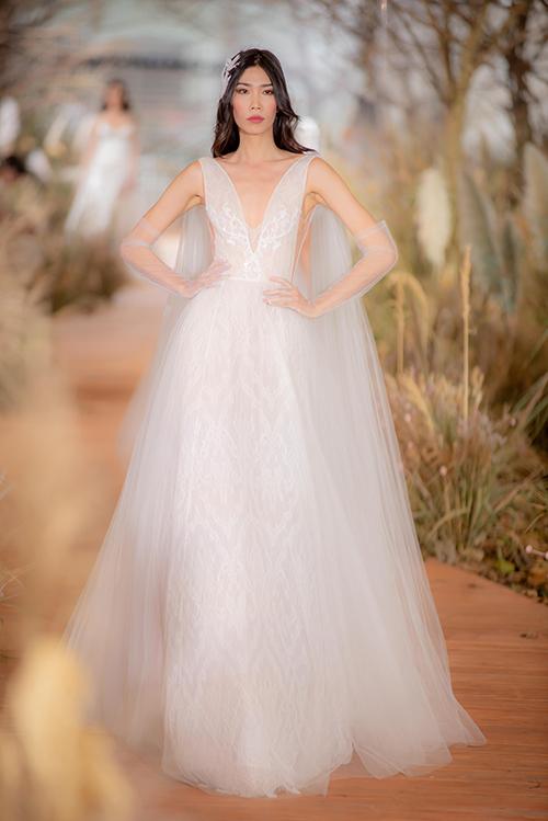 Váy cưới hiện đại cho cô dâu mùa hè thu - 4