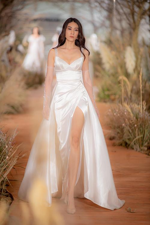 Váy cưới hiện đại cho cô dâu mùa hè thu - 5