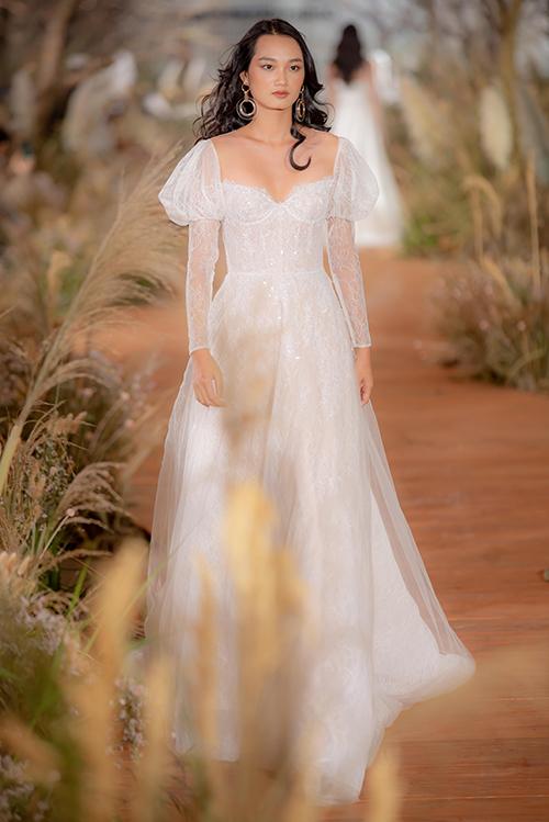 Váy cưới hiện đại cho cô dâu mùa hè thu - 6