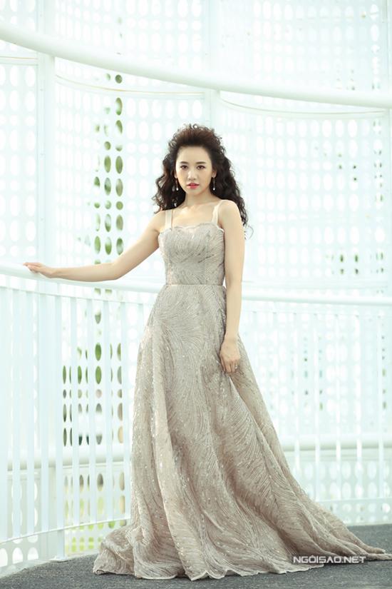 Sao Việt diện sắc trắng đi xem show Chung Thanh Phong - 8