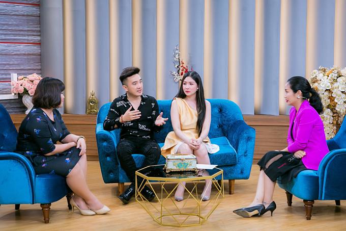 Câu chuyện hôn nhân của Dương Ngọc Thái - Triệu Ái Vy và sự tư vấn hài hước, thú vị của Thạc sĩ tâm lý Tô Nhi A cùng MC Ốc Thanh Vân sẽ phát sóng lúc 21h35 hôm naytrên kênh VTV9.