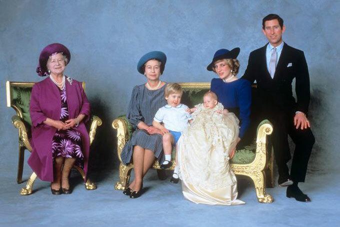 Những chi tiết tưởng nhớ Diana trong lễ rửa tội của con trai Harry và Meghan - 1