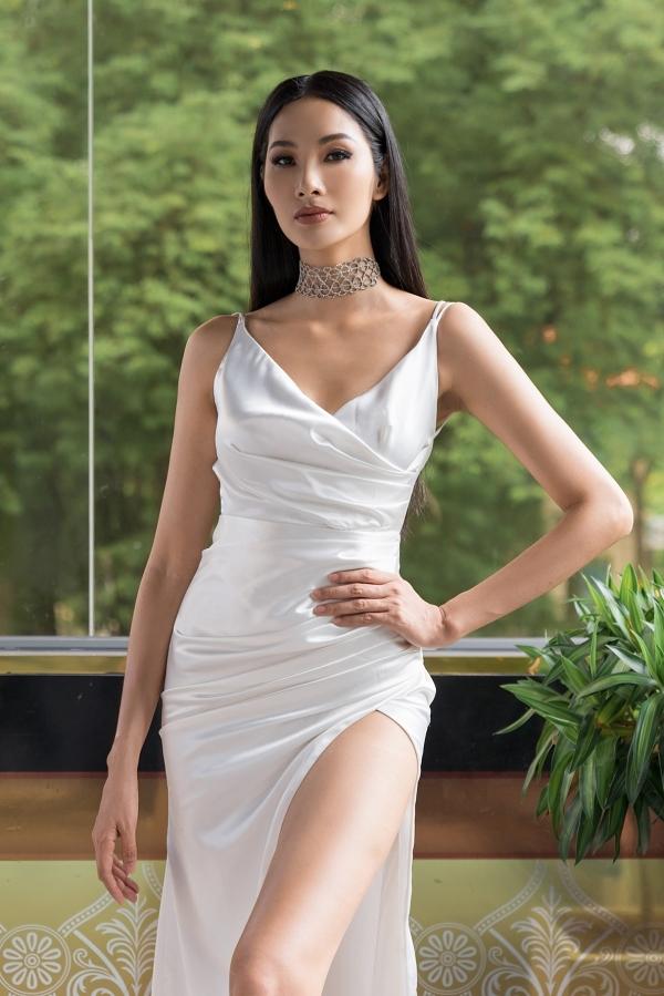 HHen Niê, Lệ Hằng chấm thi trang phục truyền thống cho Hoàng Thùy - 3