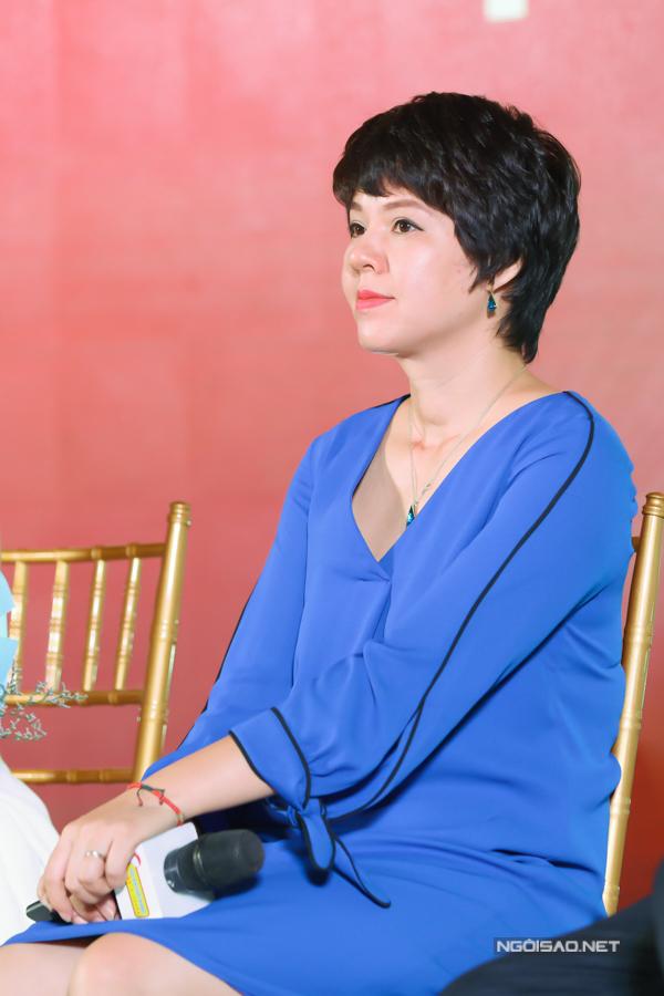 -Nhà báo Đặng Thị Diễm Quỳnh - Trưởng ban Thanh thiếu niên VTV6