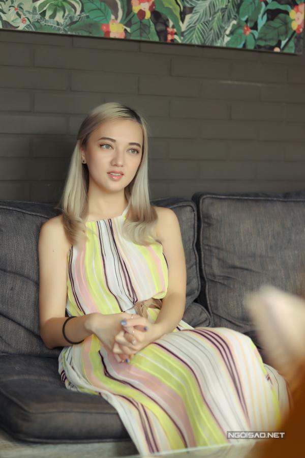 Bé Xuân Nghi khoe nhan sắc ở tuổi 25