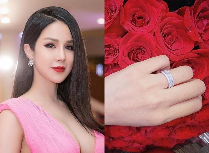 Trong ngày 26/4/2018, Diệp Lâm Anh đã được bạn traiĐức Phạmcầu hôn với chiếc nhẫn kim cương có phom dáng đơn giản. Đông đảo người hâm mộ nhận định chiếc nhẫn có giá trị lớn vì được đính vô số hạt kim cương xung quanhdù nhân vật chính không tiết lộ giá.