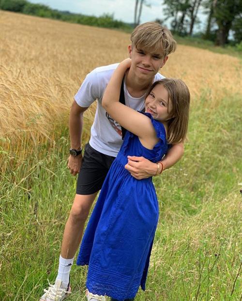 Becks mong con gái đừng lớn trong ngày sinh nhật - 3