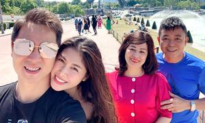 Đăng Khôi đưa vợ và bố mẹ du lịch Pháp