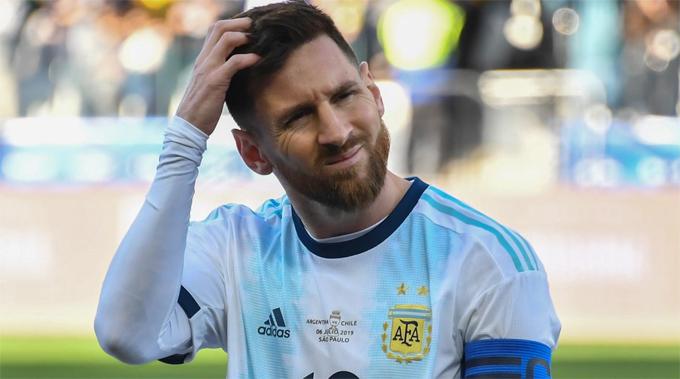 Messi từ chối nhận HC đồng Copa America, chỉ trích trọng tài, ban tổ chức tham nhũng, sắp xếp để Brazil đăng quang.
