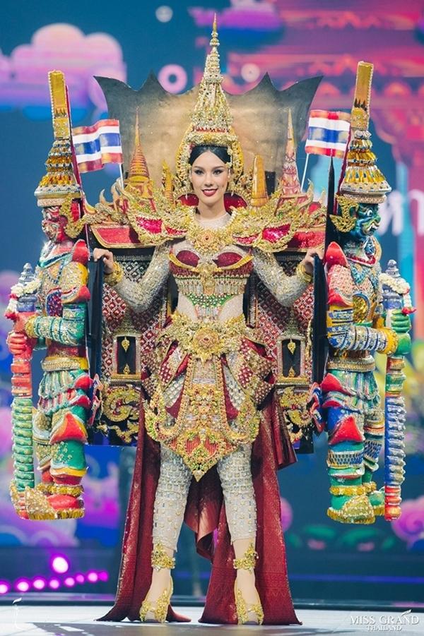 Hoa hậu của thủ đô Bangkok.