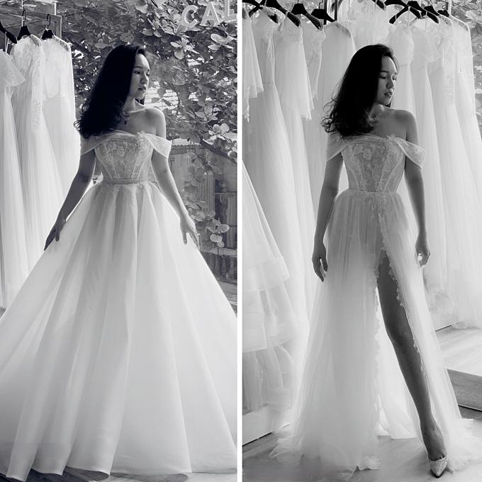 Hòa chung dòng chảy của thời trang thế giới, cô dâu Việt ngày càng dành sự quan tâm đặc biệt cho những mẫu váy cưới đề cao tính tiện lợi, tối giản, phá cách nhưng vẫn nằm trong giới hạn của văn hóa - thẩm mỹ Á đông. Váy cưới 2 trong 1 sở dĩ có thể tạo thành cơn sốt thời gian gần đây bởi nó đáp ứng được những tiêu chí đó.