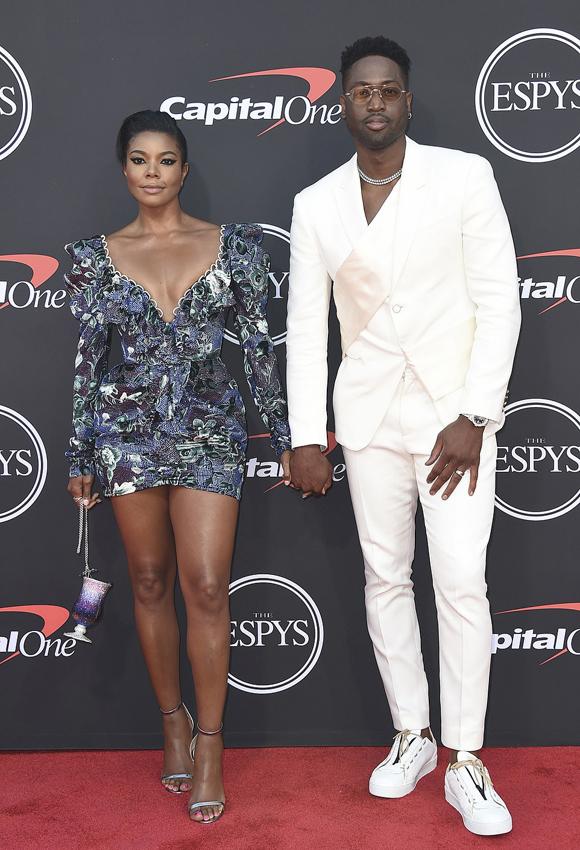 Nữ diễn viên Gabrielle Union sánh đôi bên ông xã - cựu sao bóng rổ Dwyane Wade.