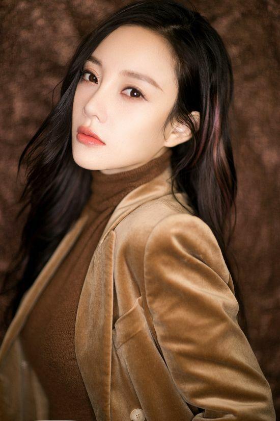Nữ diễn viên Lý Tiểu Lộ