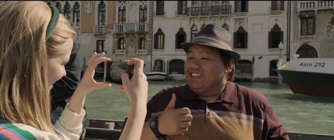 Các thành phố châu Âu lần lượt xuất hiện trên phim theo chuyến đi nghỉ hè của Người Nhện Peter Parker và nhóm bạn, đồng thời cũng là những địa điểm bị tấn công bởi quái vật ngoài hành tinh. Trong đó, Venice là điểm dừng chân đầu tiên.