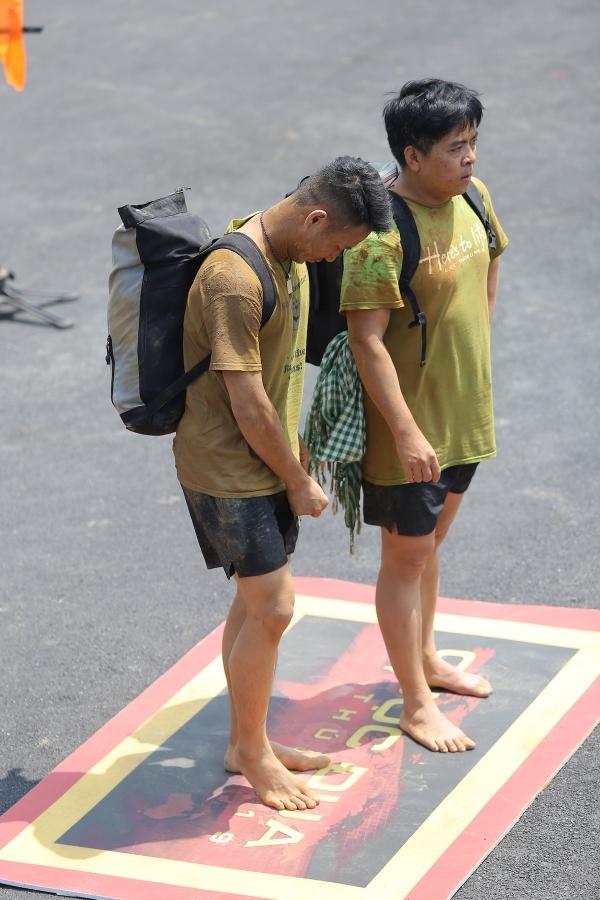 HHen Niê, Kỳ Duyên liên tục ngã khi chạy xe côn ở Hà Giang - 10