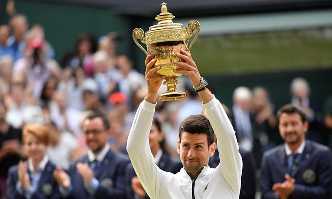 Djokovic giành danh hiệu Wimbledon thứ 5. Ảnh: Reuters.
