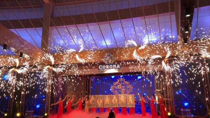 Nhà hát có sức chứa gần 600 ghế với hệ thống âm thanh, ánh sáng tiêu chuẩn, hiện đại.