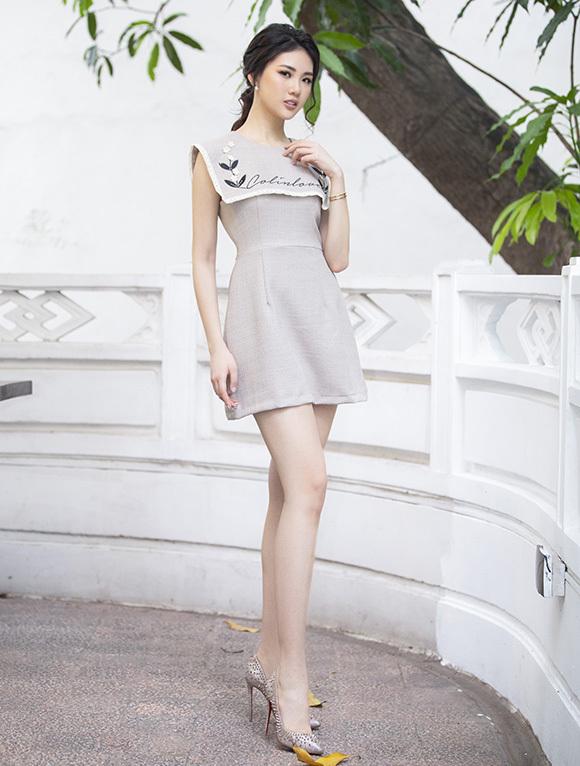 Quỳnh Hoa sinh năm 1998, sở hữu chiều cao 172 cm.