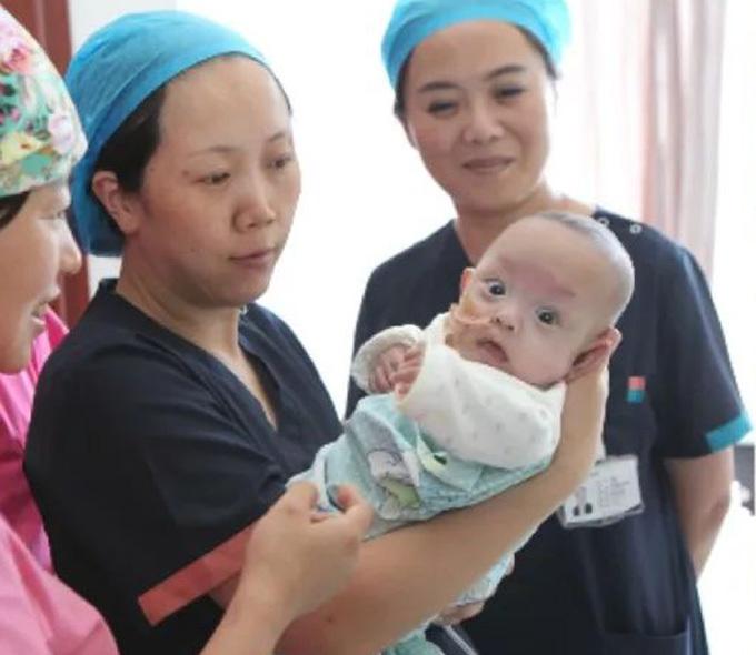 Dami ổn định và nhanh nhẹn sau hơn 200 ngày ở bệnh viện Lan Châu, Cam Túc. Ảnh: China Daily.