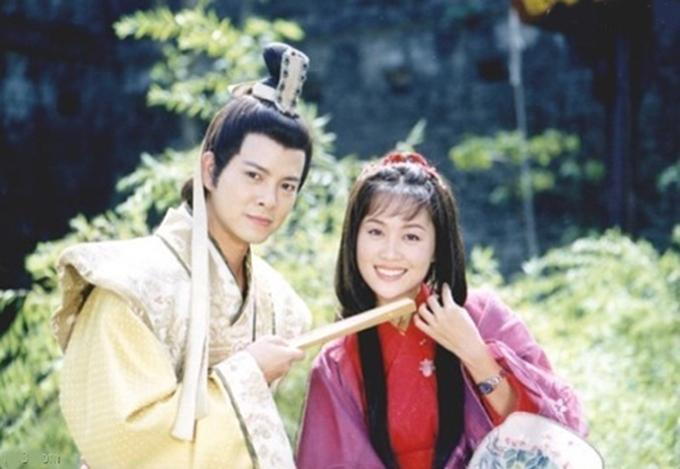 Hai vợ chồng Trần Gia Huy - Lương Tiểu Băng trên trường quay Lương Sơn Bá, Chúc Anh Đài năm xưa.