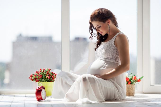 Nhiều phụ nữ bị stress vì ốm nghén.