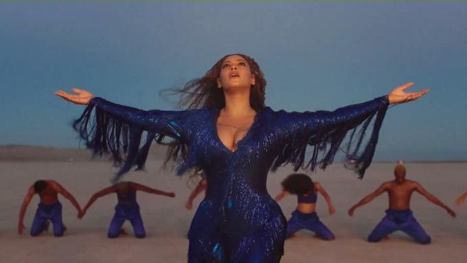 Bộ phim Vua sư tử khơi nguồn cảm hứng mới trong âm nhạc cho Beyonce. Cô chính là diễn viên lộng tiếng cho nhân vật Nala - bạn gái vua sư tử - trong phim.