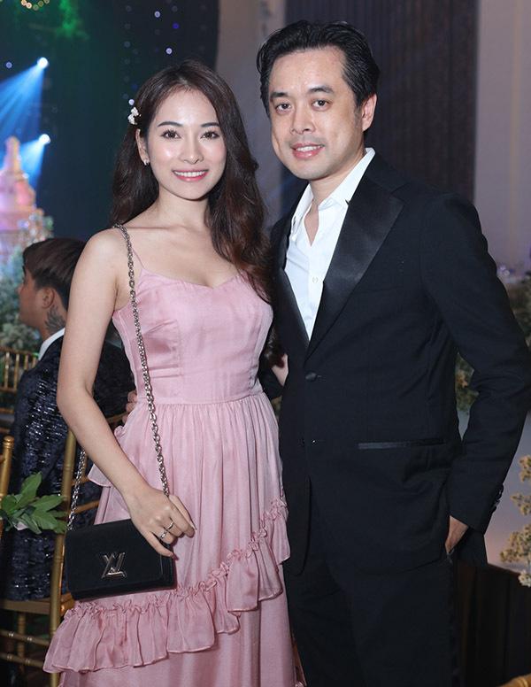 Vợ chồng nhạc sĩ Dương Khắc Linh - Sara Lưu.