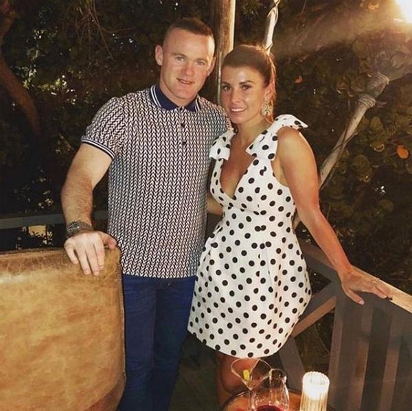Vợ chồng Rooney vừa kỷ niệm 11 năm ngày cưới