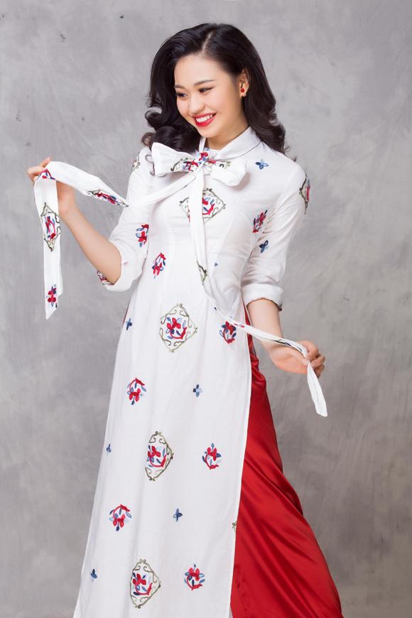 Photo: Bảo Lê. Make-up và làm tóc: Sang Nguyễn.