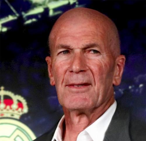 HLV Zidane với gương mặt