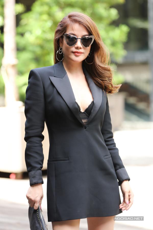 Nữ diễn viên, nhà sản xuất phim tự tin nhan sắc ở tuổi ngoài 40.