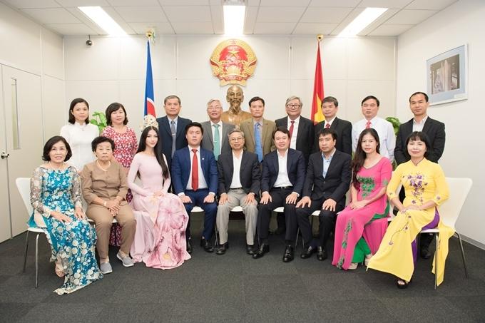 Cô bày tỏ mong muốn thúc đẩy giao lưu văn hóa Việt - Nhật thông qua các hoạt động hướng nghiệp, giúp đỡ sinh viên Việt Nam có điều kiện học tập tại Nhật Bản.