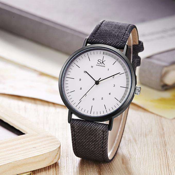 Mẫu đồng hồ dây da Shengke Korea K8020L-04 với thiết kế hiện đại, sang trọng, giảm hơn 1 triệu đồng còn 1,099 triệu đồng (giá gốc 2,199 triệu đồng), tặng đồng hồ Led chính hãng.