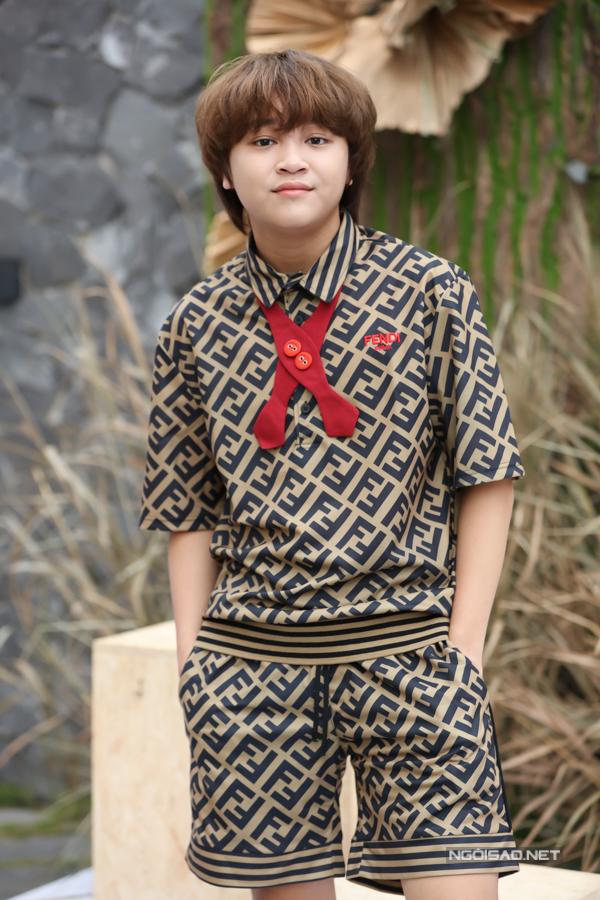 Ca sĩ Thiên Khôi - quán quân Vietnams Idol Kids 2017  ngày càng cao lớn phổng phao.