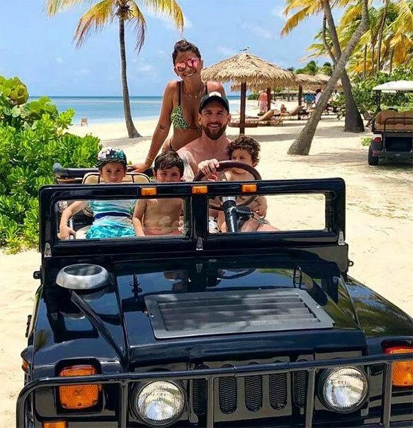 Gia đình Messi thích thú với trải nghiệm lái xe jeep