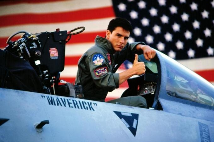 Tom Cruise trẻ và phong độ trong Top Gun năm 1986.