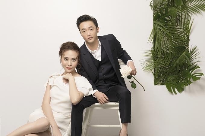 Doanh nhân Cường Đôla và Đàm Thu Trang vừa chia sẻ bộ ảnh cưới.