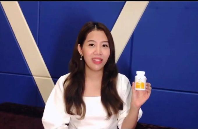 MC Diệp Chilivestream chia sẻ tác dụng của viên chống nắng Sakura Sunpill trên trang cá nhân.