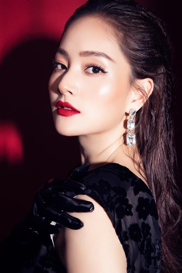 Sau thời gian tập trung sinh con và chăm sóc tổ ấm, Lan Phương trở lại màn ảnh với vai diễn Lam Lam trong phim truyền hình Nàng dâu order. Vai diễn giúp cô nhận đề cử hạng mục Diễn viên nữ ấn tượng VTV Awards 2019.