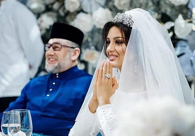 Oksana và Muhammad V trong đám cưới hồi tháng 11/2018 ở ngoại ô Moskva, Nga. Ảnh: Instagram.
