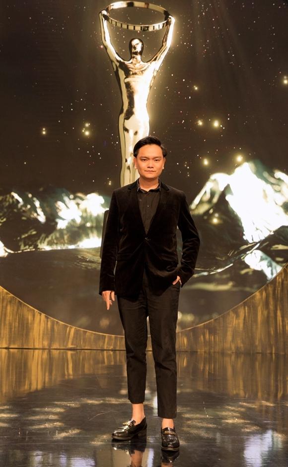 Cuối tuần qua, Trịnh Tú Trung có mặt tại Kualalumpur tham dự lẽ trao giảiMalaysia Golden Global Awards 2019 (Giải thưởng toàn cầu Malaysia), trong khuôn khổ LHP Quốc tế Malaysia.Đây là lần thứ hai, diễn viên - nhà sản xuất - stylist Việt Nam nhận lời mời từ sự kiện điện ảnh này. Năm ngoái, anh từng xuất hiện ở đây cùng vợ chồng đạo diễn Việt kiều Trần Anh Hùng - diễn viên Trần Nữ Yên Khê.