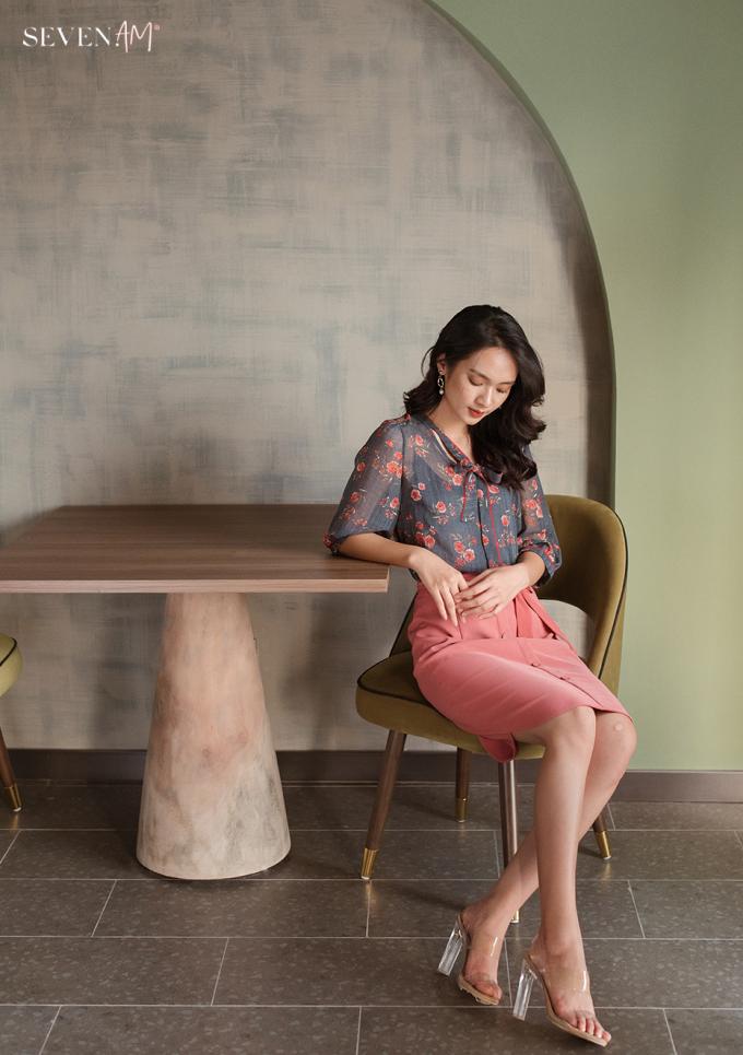 Kết hợp màu sắc ăn ý cho trang phục là một trong những nét đặc trưng mà thương hiệu đem tới cho khách hàng.