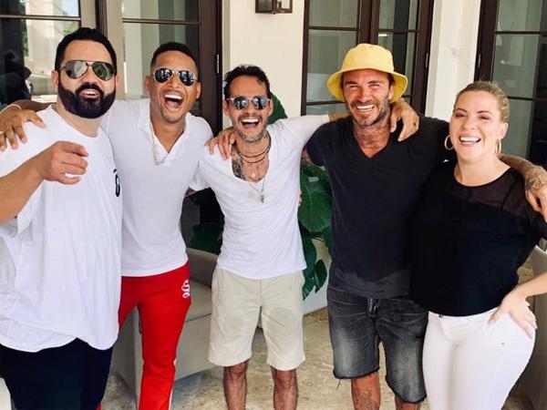 Trên trang cá nhân, vợ chồng Becks chia sẻ những hình ảnh vui vẻ trong kỳ nghỉ ở Miami.